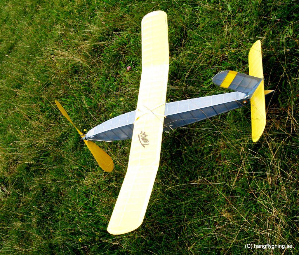 03-aug-15-2010-11-21-amcanon-canon-digital-ixus-100-is4000x3000
